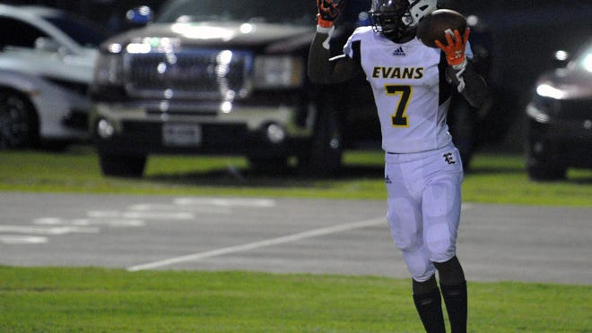 Jofranstar Graham celebrates a touchdown during a football game on Friday, Sept. 4, 2020 at Cross Creek High School.