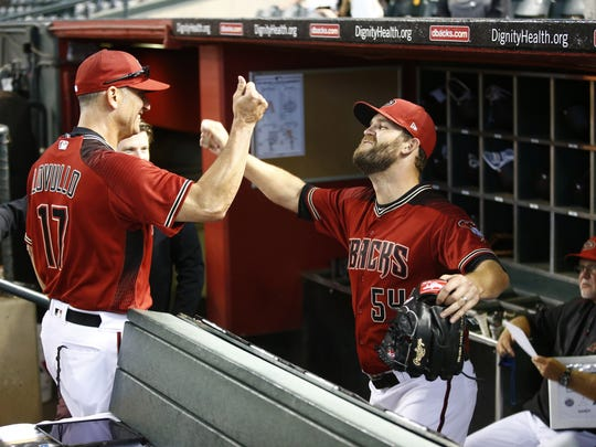 Diamondbacks manager Torey Lovullo will be depending on Tom Wilhelmsen (right) and the rest of the bullpen on Wednesday.