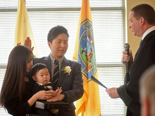 Chong sworn as deputy clerk