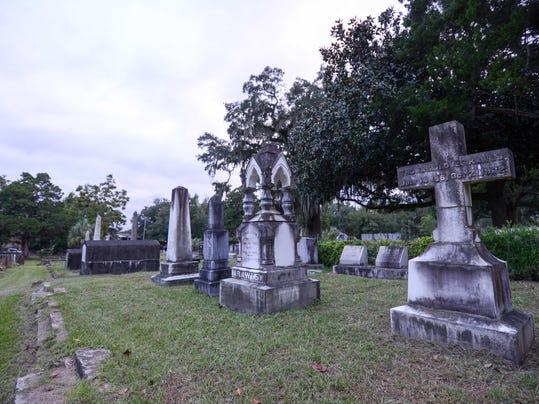 FSV_Old City cemetery_ss_100515_001