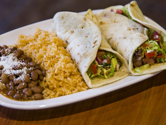 Baja Fresh Hours >> Baja Fresh Mexican Grill Is Reopening In Phoenix After Five Years