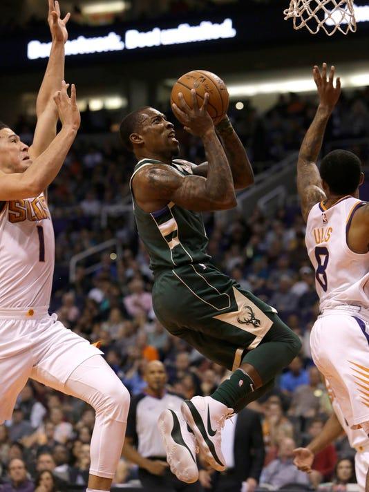 636469919692332094-AP-Bucks-Suns-Basketball.jpg