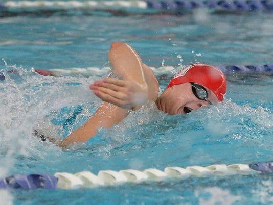 636532861701742830-FON-fdl-boys-swimming-conference-championships-020318-dcr174.jpg