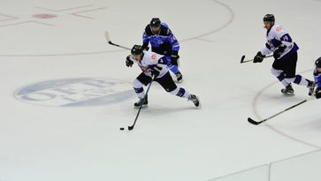 Knoxville Ice Bears need 3 overtimes (109 minutes) to eliminate Pensacola Ice Flyers