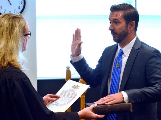 Mauck sworn in as West York Mayor