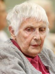 Doris Witt