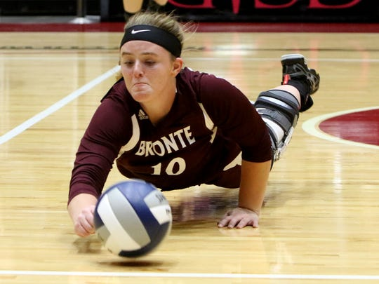 Bronte's Cassidy McWright dives but doesn't reach the