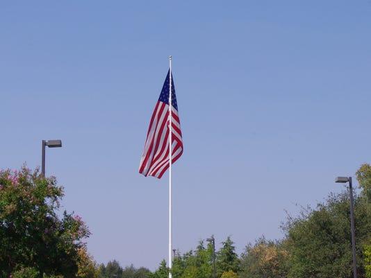 I-5-flag.JPG