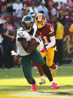 Philadelphia Eagles wide receiver Dorial Green-Beckham runs after a catch as Washington Redskins safety Will Blackmon ooks on during the second half at FedEx Field. Green-Beckham played his most snaps of the season in Sunday's loss to Washington.