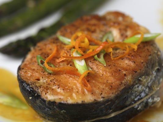 635713785942416880-salmon-steaks