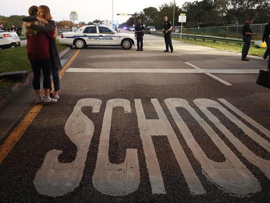 *** BESTPIX *** Florida Town Of Parkland In Mourning, After Shooting At Marjory Stoneman Douglas High School Kills 17