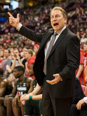 Jan 15, 2017; Columbus, OH, USA; Michigan State Spartans coach Tom Izzo disputes a call by an officials in the second half against the Ohio State Buckeyes at Value City Arena.