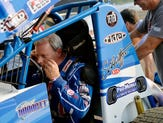 NASCAR driver remembers Greg Hodnett as 'one of the best to ever strap into a sprint car'