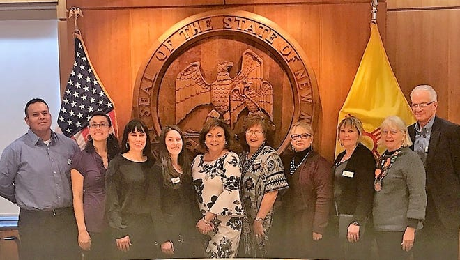 Pictured is the 2017-18 Leadership Lincoln Class with New Mexico Gov. Susana Martinez (center).