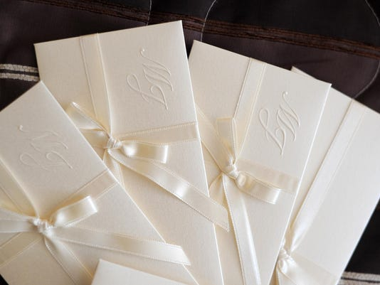 Wedding invitation (clipping path)