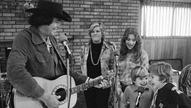 Bobby Bare, left, rehearsals with his wife, Jeannie, daughter, Carey, and sons Shannon and Bobby Jr. at their Hendersonville home March 4, 1975 before heading out on the road as Bobby Bare and The Family.