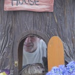 Woody didn't come out of her house Tuesday meaning the local area will receive six more weeks of winter.