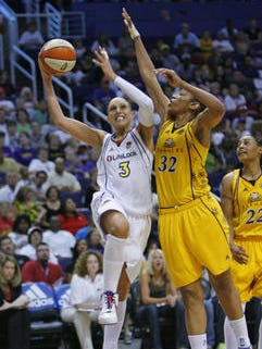 Phoenix Mercury guard Diana Taurasi  (3) is on the verge of breaking Tina Thompson's (32) WNBA career scoring record. The two played against each other for 10 WNBA seasons including in the 2009 Western Conference Finals.