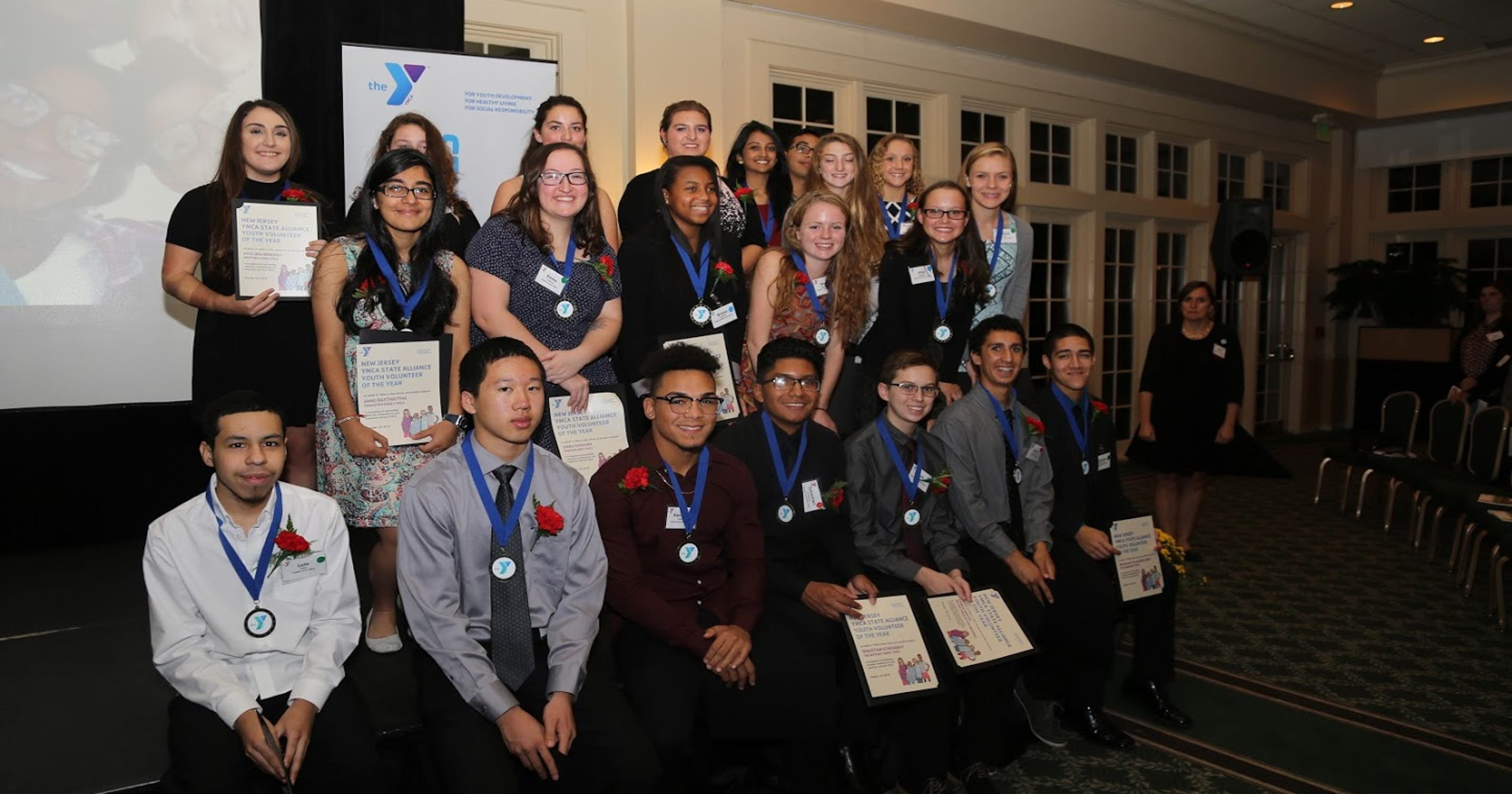 8d71dfc63 Middlesex County YMCA's recognize youth volunteers of the year