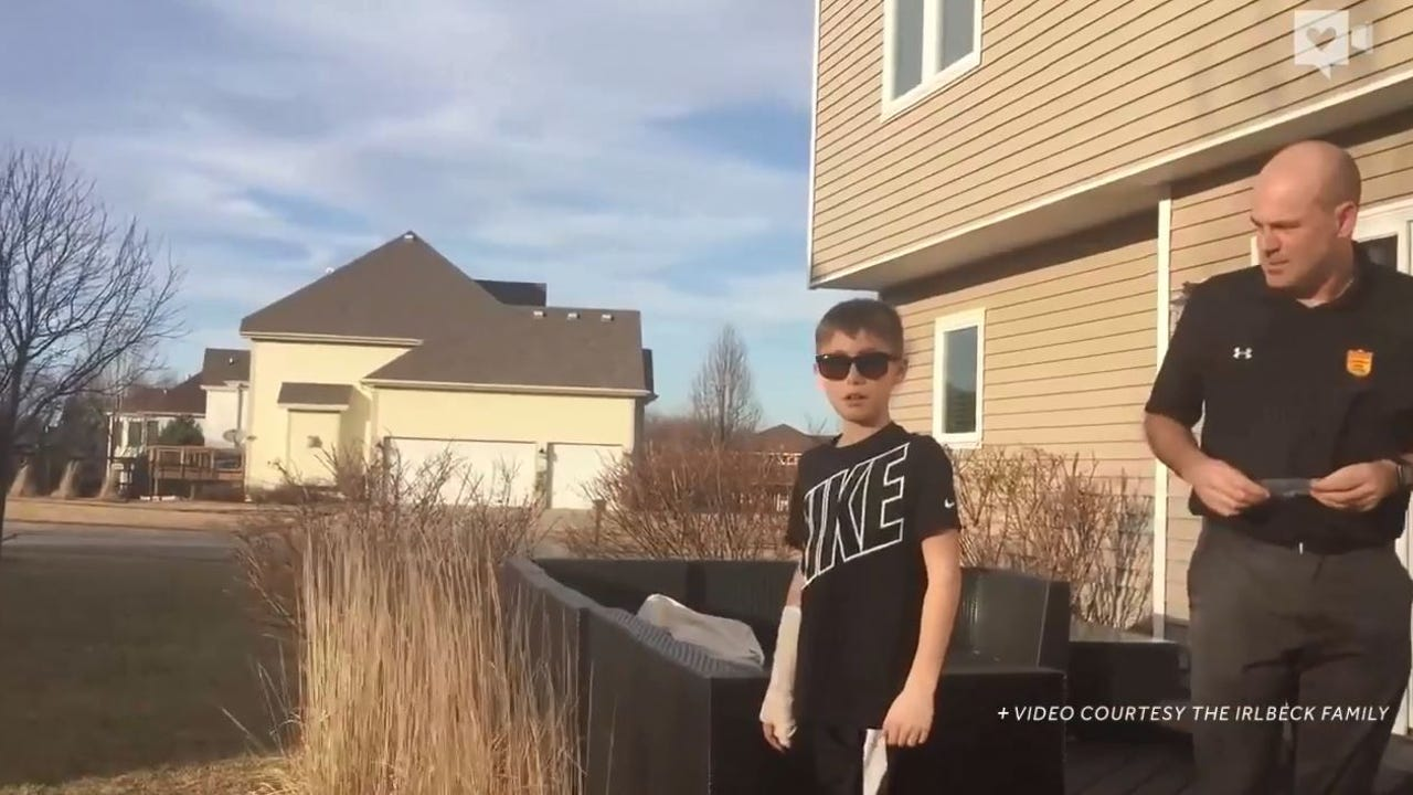 Boy sobs as he sees colors for the first time