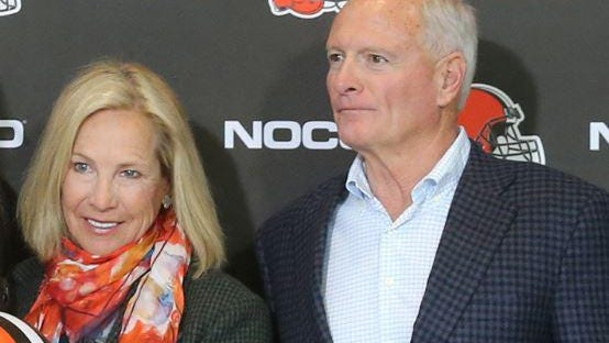 Cleveland Browns owners Dee, left, and Jimmy Haslam