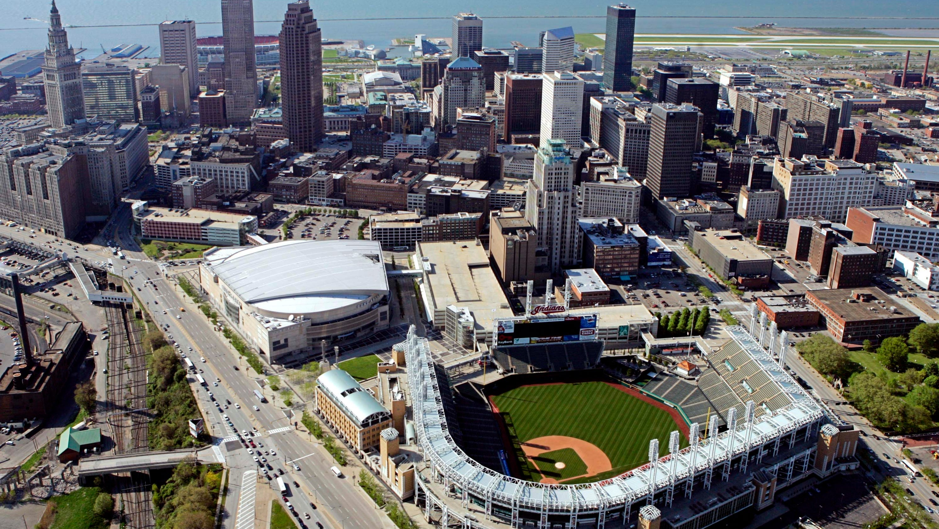 100 Michigan cops go to Cleveland for RNC security