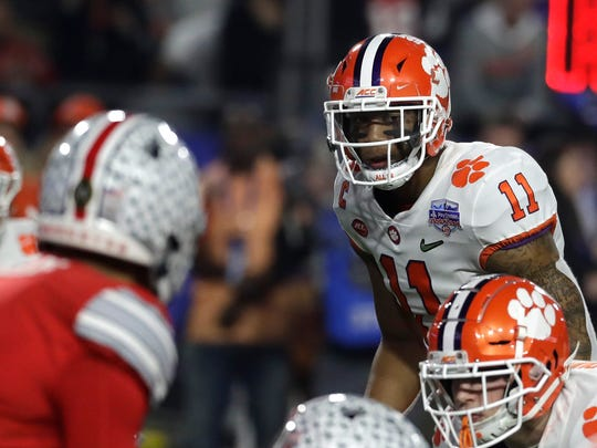 Clemson linebacker Isaiah Simmons (11) during the first half of the Fiesta Bowl NCAA college football game against Ohio State, Saturday, Dec. 28, 2019, in Glendale, Ariz. (AP Photo/Rick Scuteri).
