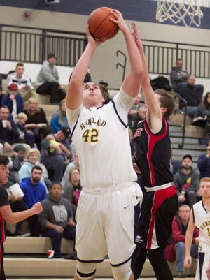 Hartland's Jason Gigliotti had 12 points in a victory at Grand Blanc.
