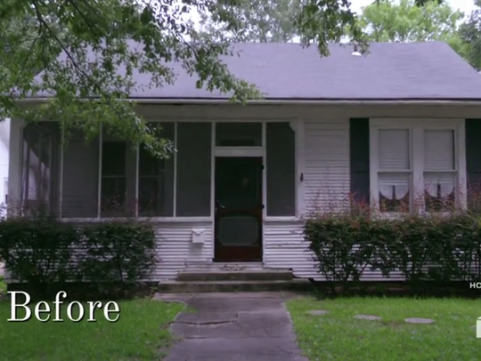 "The ""before"" photo of the McRae house on season 2 of"
