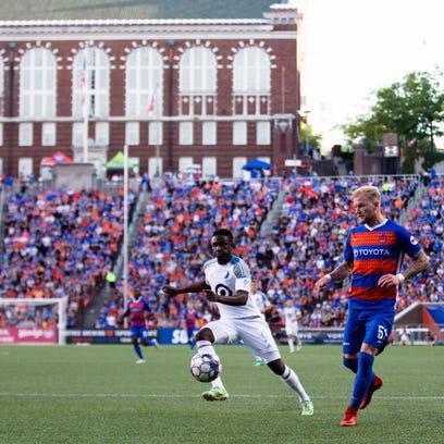 FC Cincinnati defender Sem de Wit (51) chases down