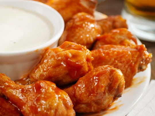 Those tasty chicken wings may just predict who wins the Super Bowl.