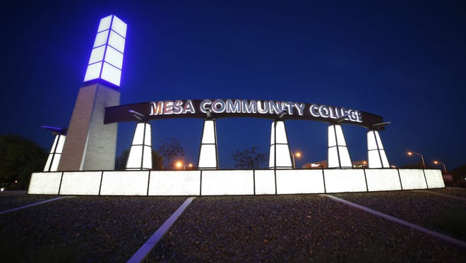 """Maricopa County Community College Districthas received complaints after a portion of the controversial film """"TheLast Temptation of Christ""""was shown in a religion classat Mesa Community College."""