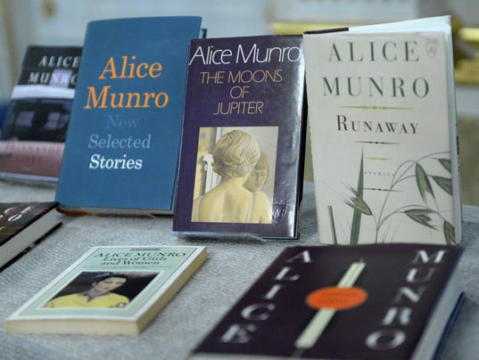 Alice Munro Books