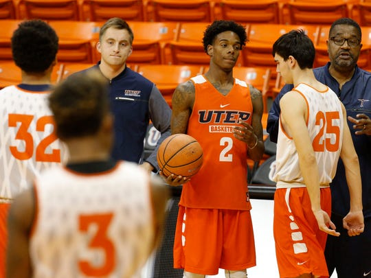 UTEP assistant coach Bob Braswell puts the Miners through