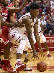 Indiana Hoosiers forward De'Ron Davis (20) drives toward the basket during second half action against Wisconsin at Assembly Hall, Bloomington, Ind., Tuesday, Jan. 3, 2017. The Hoosiers lost to Wisconsin, 68-75.