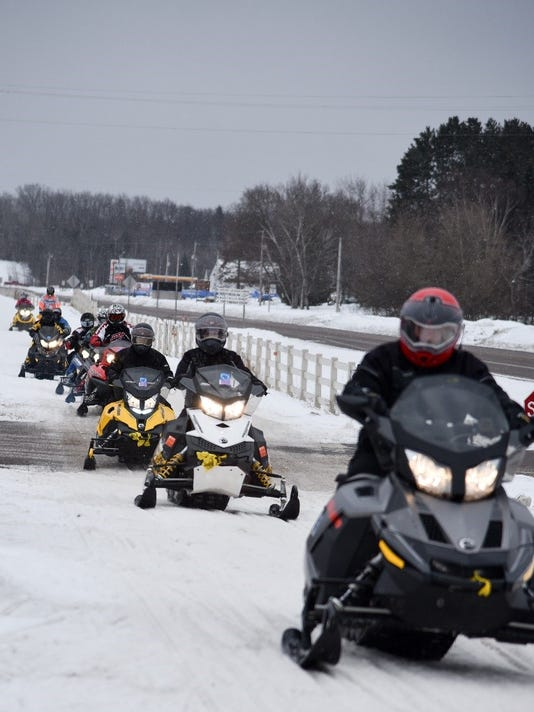 636519490302609879-MS-Snowmobile-Tour.jpg