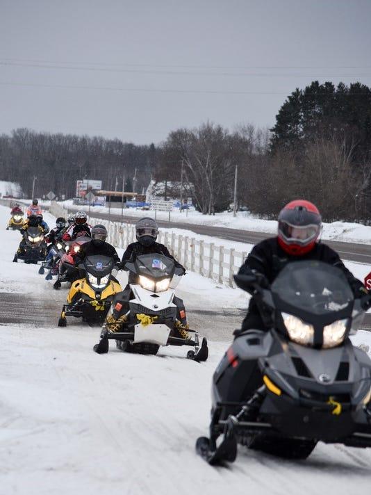 636519490302609879-MS-Snowmobile-Tour.jpg