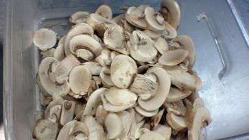 Sliced mushrooms are mixed with a creamy sauce in today's recipe.