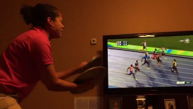 @KendraHansey's mother watches Usain Bolt in his last race...