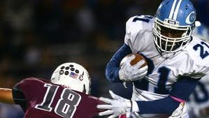 Carroll running back Darien Shaw ripped off four carries of more than 20 yards Friday against Flour Bluff as Carroll's offense continues to improve.