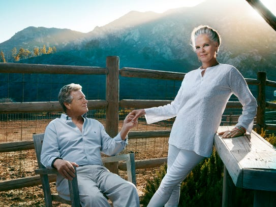 """Ryan O'Neal and Ali MacGraw are reunited in """"Love Letters."""""""