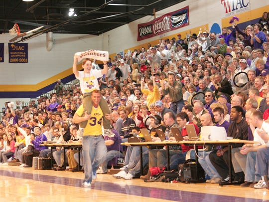Fans show support for UWSP men's basketball team during the 2005 championship season.