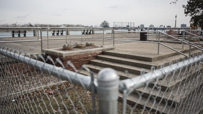 The city of Port Huron is considering razing the overlook on top of a former water plant in Pine Grove Park after an analysis of the structure showed it was unsafe to walk on or work in.