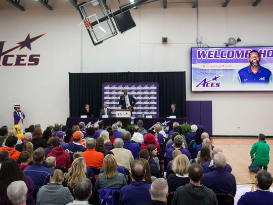 Walter McCarty speaks as he is introduced at Meeks Family Fieldhouse on Friday, March 23, 2018. McCarty, an Evansville native was announced as the new University of Evansville mens basketball coach Thursday.