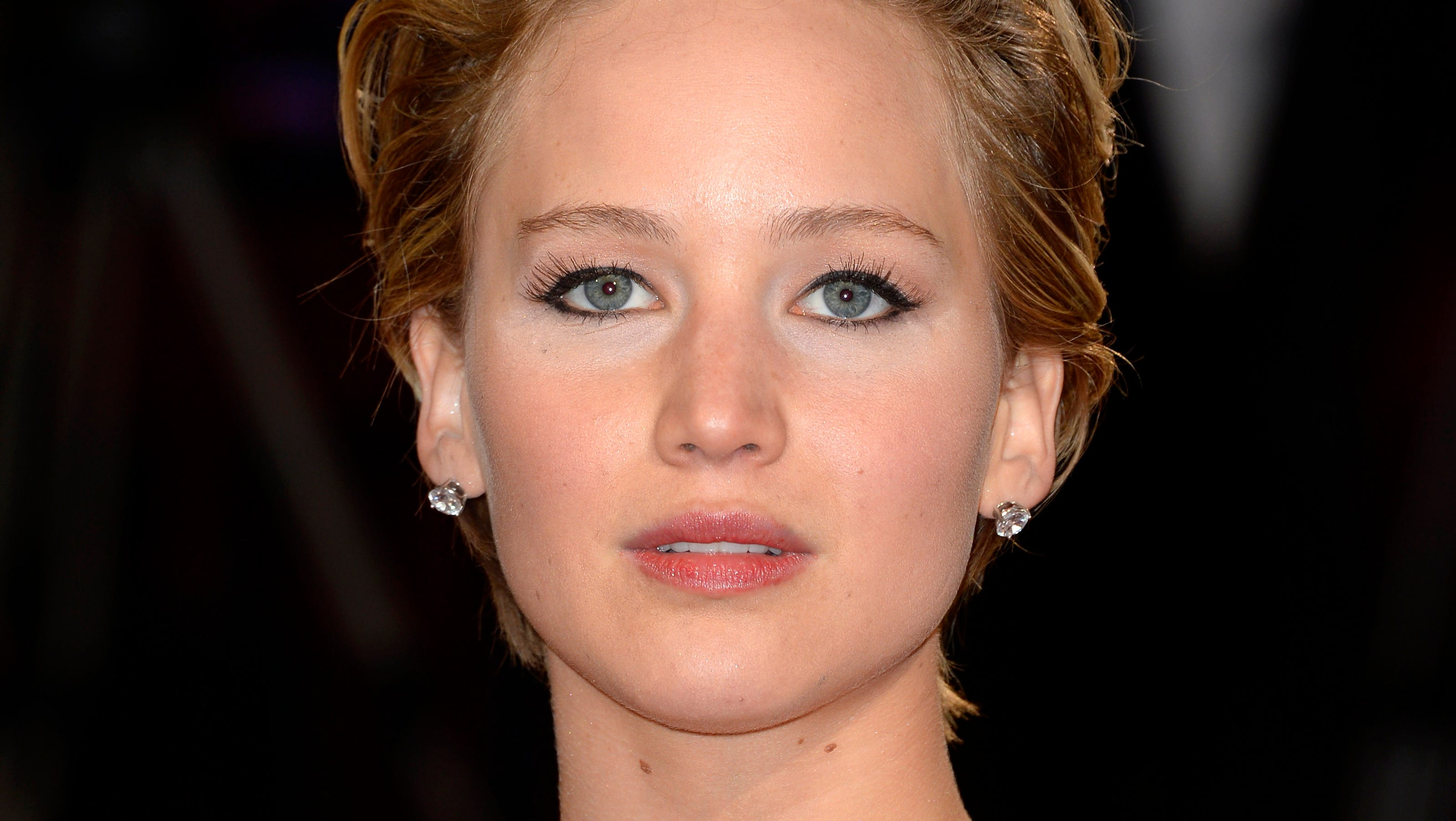 JLaw Requests Nude Pics Investigation