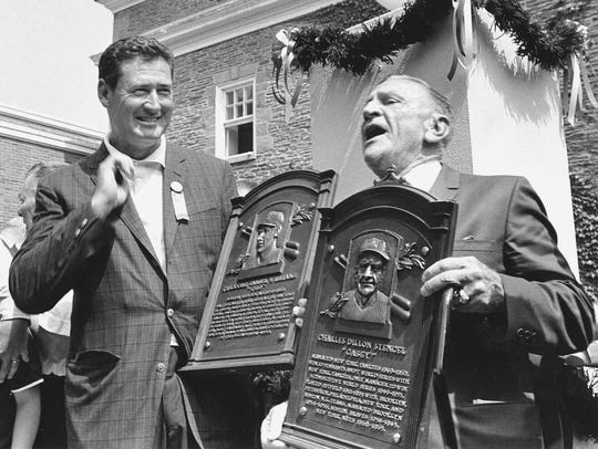 -  -** FILE ** Casey Stengel, right, has a few words