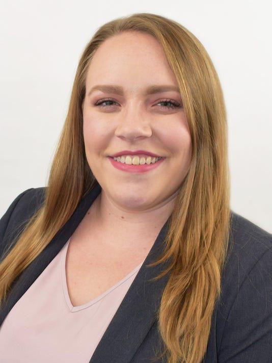 Lindsey Gregory Headshot 2018-2-preferred