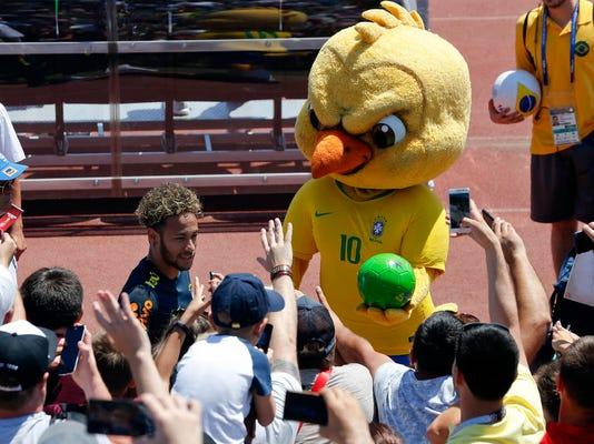 Soccer_WCup_Brazil_Mean_Mascot_80633.jpg