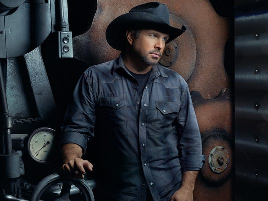 636392604701702188-Garth-Brooks-2015---2426x1365.jpg