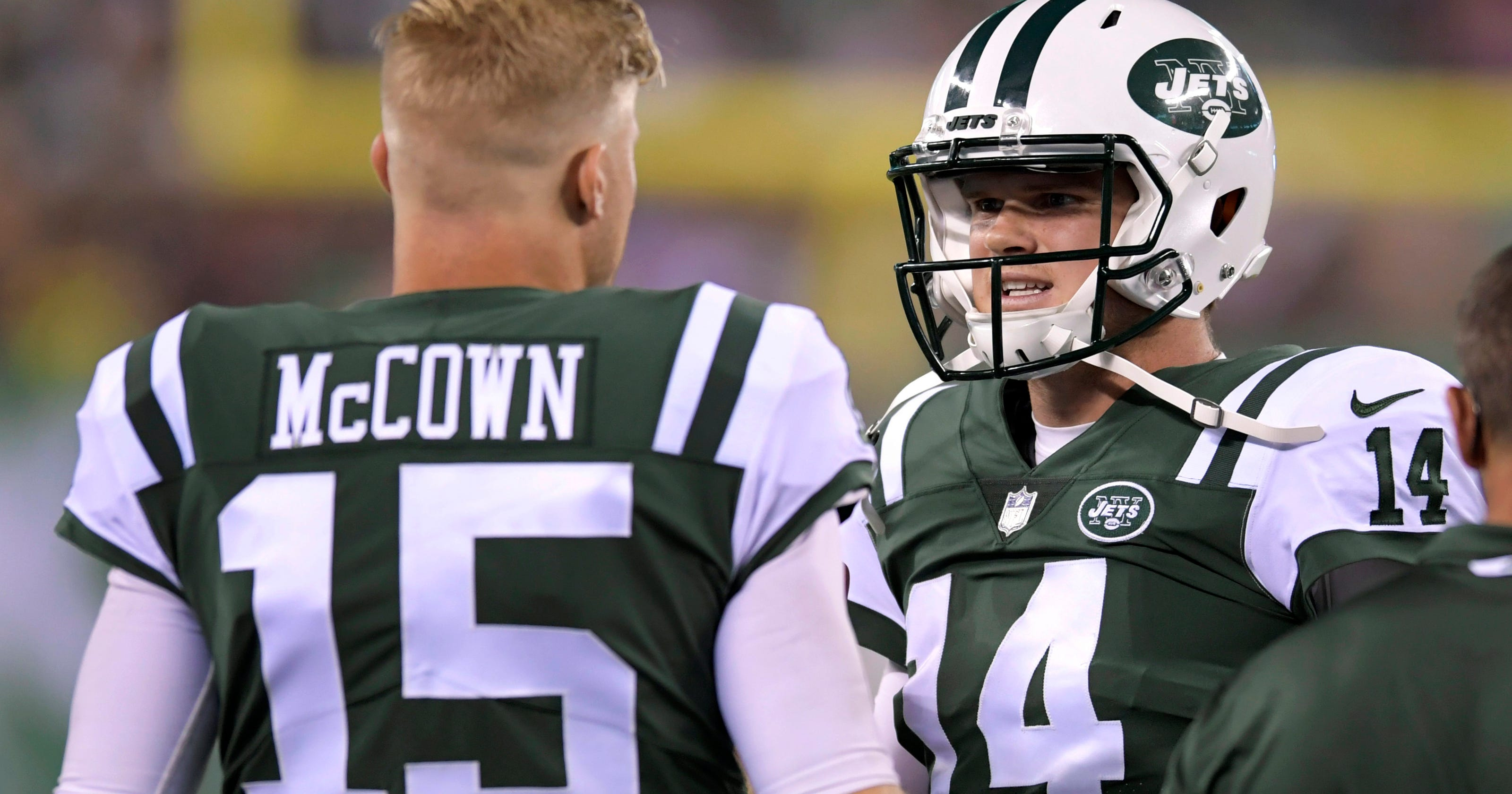 Why Josh McCown will still have a big influence on the NY Jets in 2018 98b8d9fda